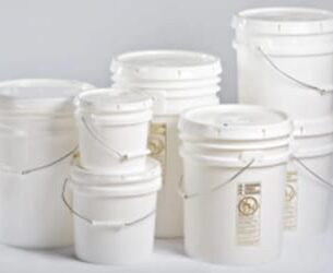 Plastic Pails with Cover